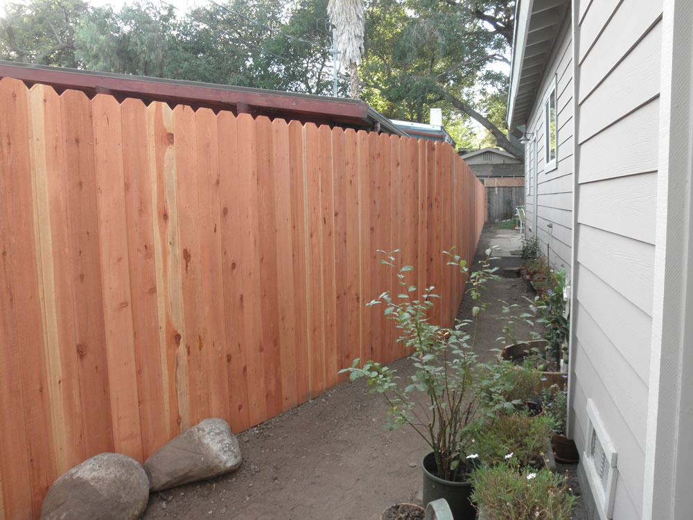 Wood Fencing Bob S Fence Of Ventura And Santa Barbara